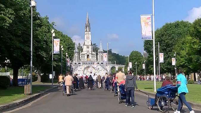 Jeden-dzien-w-Lourdes